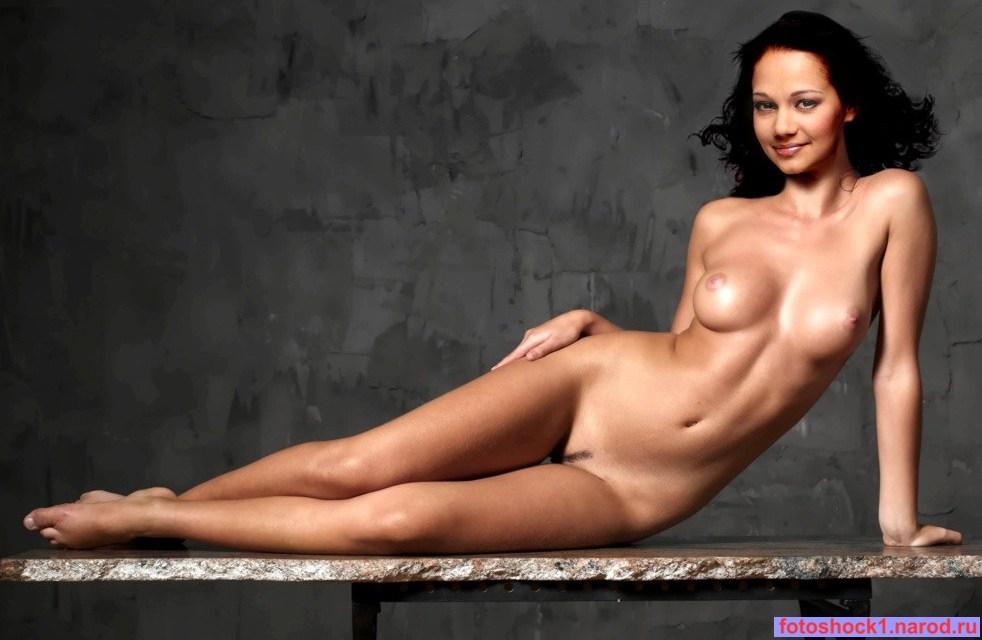 foto-golih-znamenitih-sportsmenok
