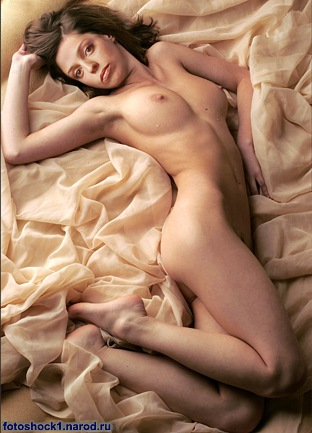 Фото голая уварова